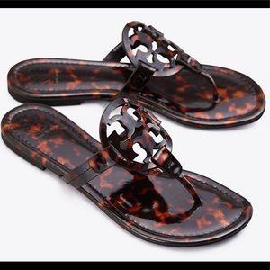 BNIB Tory Burch Miller sandal in tortoise  size 9